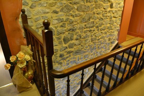 L'Auberge de Bouvignes: Old stones
