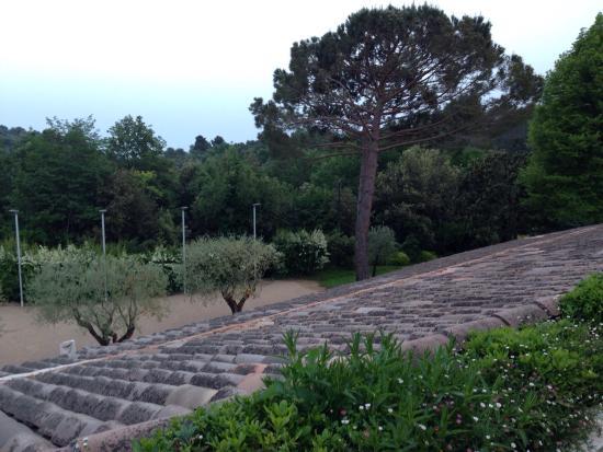 La Vague de Saint Paul : View from our balcony. Peaceful is the key word