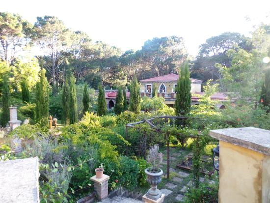 Villa Toscana Boutique Hotel: Vista desde Laura Ashly