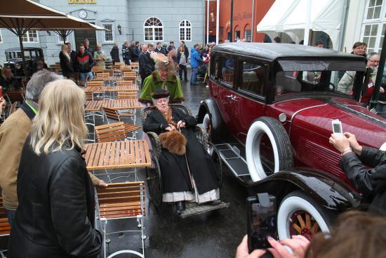 grisehandler Larsens lokum - Billede af Korsbæk på Bakken, Klampenborg - TripAdvisor