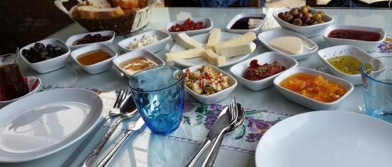 Gulgun Abla'nin Yeri: Kahvaltı