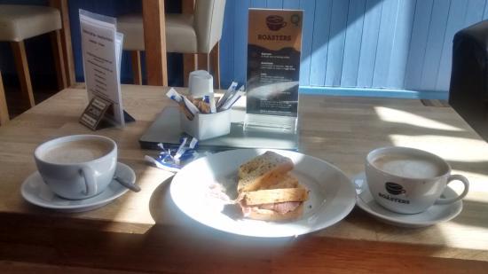 Shoreline Coffee Shop: love the coffee