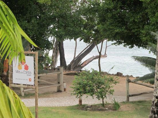 Villa dos Corais Pousada: Saída para a praia