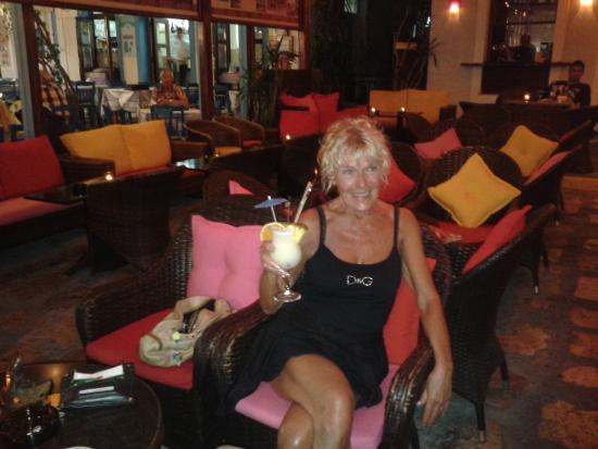 Gregory's Bar: ( P)Ina Colada