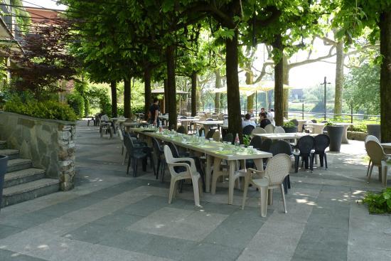 Risotto gamberi e zucchine picture of ristorante lavello calolziocorte tripadvisor - Ristorante con tavoli all aperto roma ...