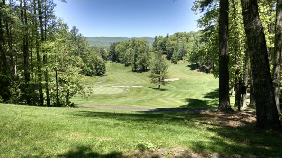 Red Tail Mountain Golf Club: A hole on the back nine