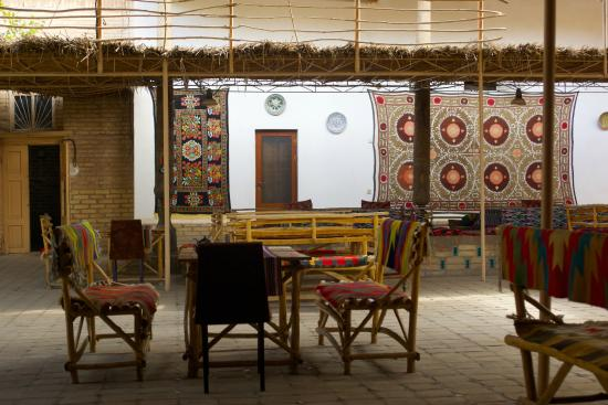Farruh : Khiva: Farrukh: inner courtyard