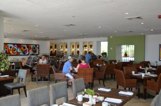Royal Beach Club Dining Area Picture