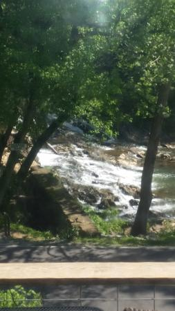 Amis Mill Eatery: Beautiful view