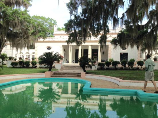 Sapelo Island, GA: Reynolds Mansion Front View & Pool