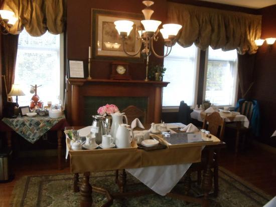 Beacon Inn at Sidney : Breakfast room