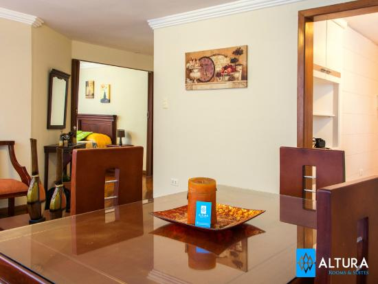 Altura Rooms & Suites : Dining - Living - Miniapartment