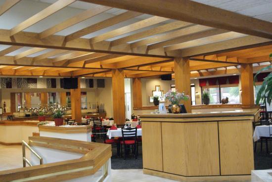 Ramada Raleigh : Dinning Area