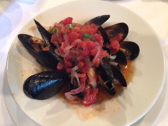 Suzanne's Cuisine: Mussels