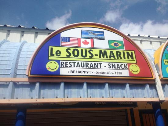 Le Sous Marin: Love the new signs!