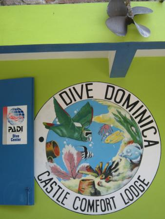 Castle Comfort Diving Lodge/Dive Dominica: They ought to make a t-shirt.