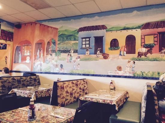 El Tequila: Booth & one of several murals