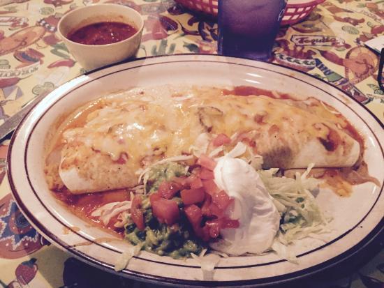 El Tequila: massive yummy burrito