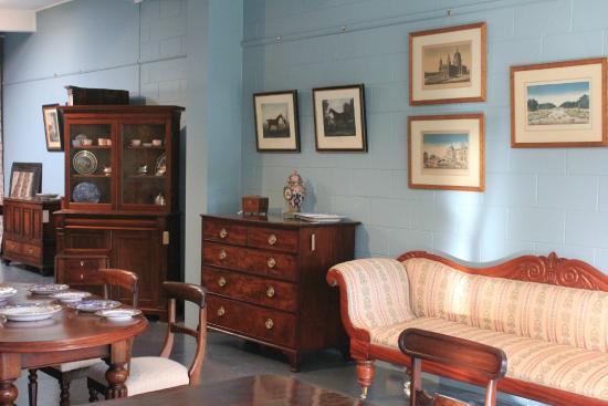 T&G Antiques