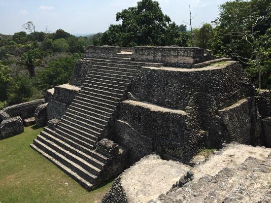 Belize Magnificent Mayan Tours: Caracol Maya pyramid