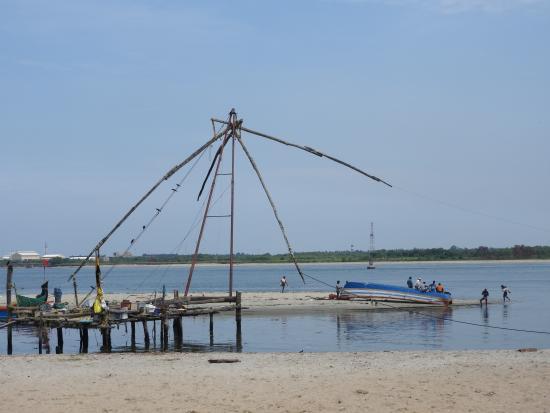 Cochin Magic Day Tours: Chinese Fishing Net at Cochin