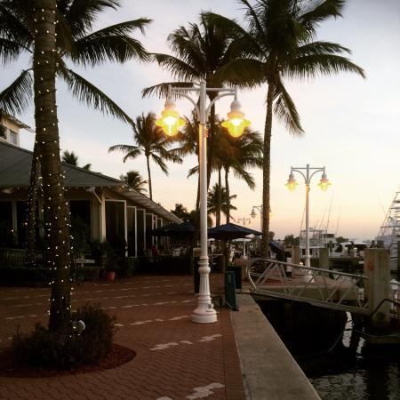 Sailfish Marina Resort : Restaurant