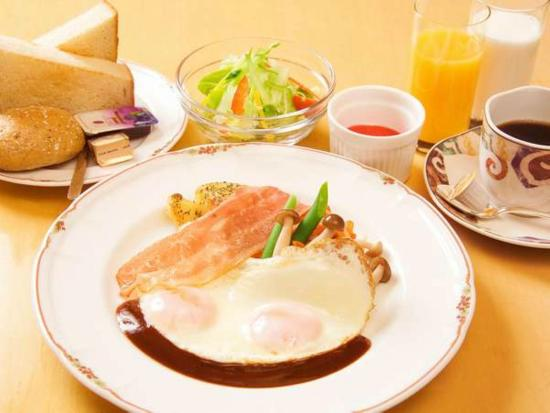 Breakfast buffet_Image of the Western food