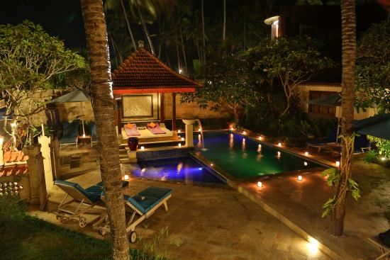Nusa Indah Bungalows: a romantic place to stay