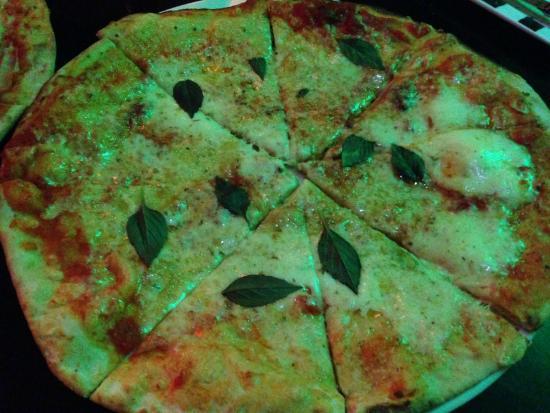 El Diluvio Restaurant : Pizza Margherita