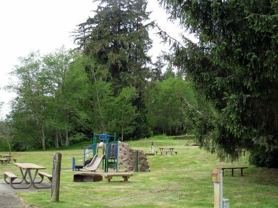 Skamokawa Vista  RV Park & Campground