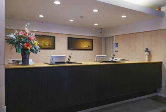 Hotel Sealuck Pal Sendai : フロント Front