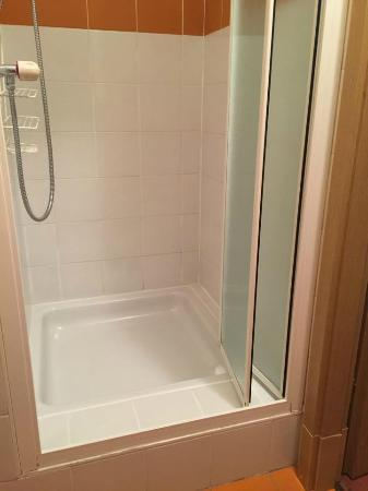 Hotel Residence CityZen: 浴室簡單