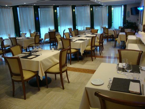 ristorante la terrazza - Picture of La Terrazza Restaurant, Saronno ...