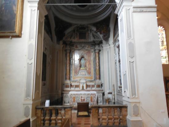 Сполето, Италия: Chiesa di S. Domenico - interni - foto 1