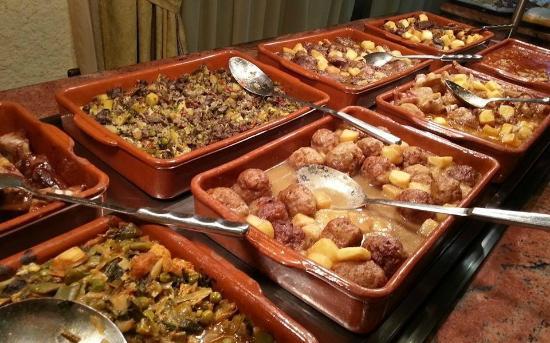Restaurante Pequeno Mundo: Buffet quotidien - 8,5 €