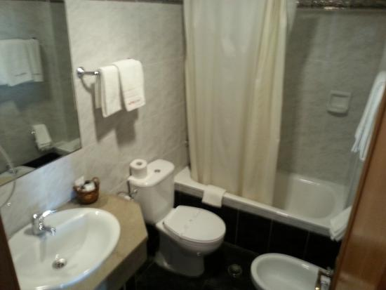 Hotel Do Chile : clean and with BIDET!!!