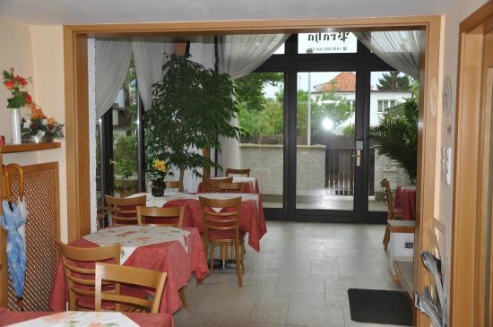 A. V. Pension Praha: Salle à manger