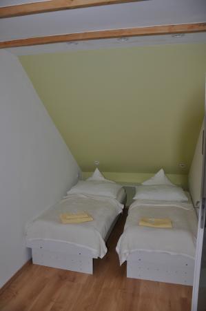A. V. Pension Praha: Chambre à coucher