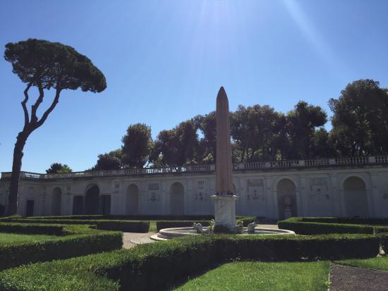Villa medici vista foto di villa medici accademia di for Jardin villa medicis rome