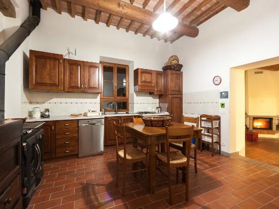 Casa Podere San Firenze: Cucina bilocale
