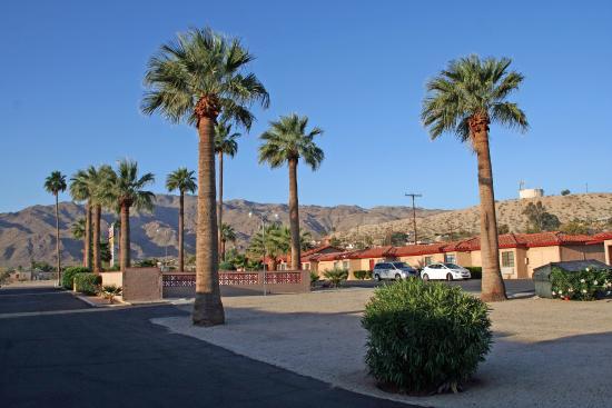 El Rancho Dolores Motel: Vue depuis notre chambre