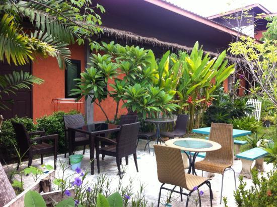 2home RESORT: very nice resort