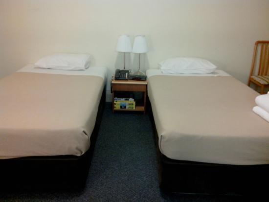 Criterion Hotel Perth: 1twin room