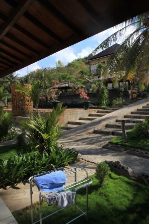 Mira Hotel: Nice garden