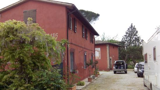 Villa Sobrano Country House : Vista all'arrivo