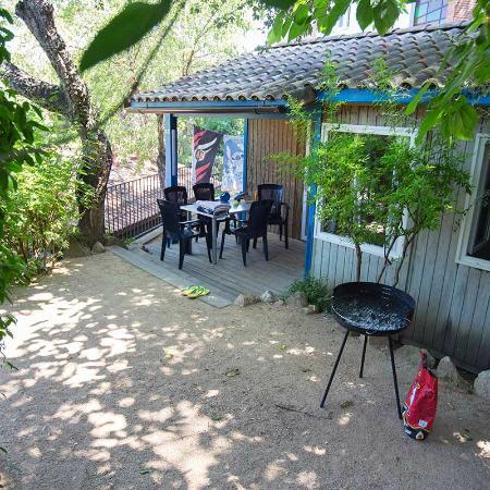 Camping Sant Pol Yelloh! Village : Bungalow Xaloc
