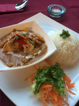 Bay View Bar & Thai Dining