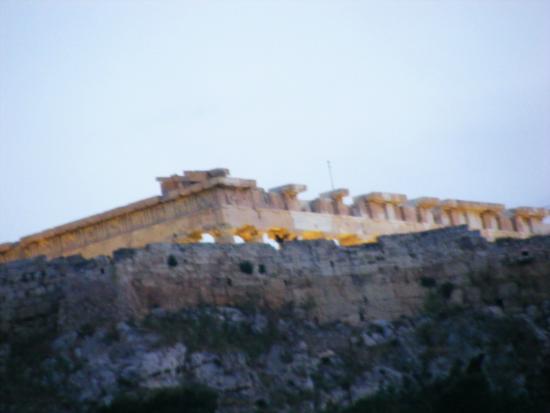 Kimon Athens Hotel: Acropolis view