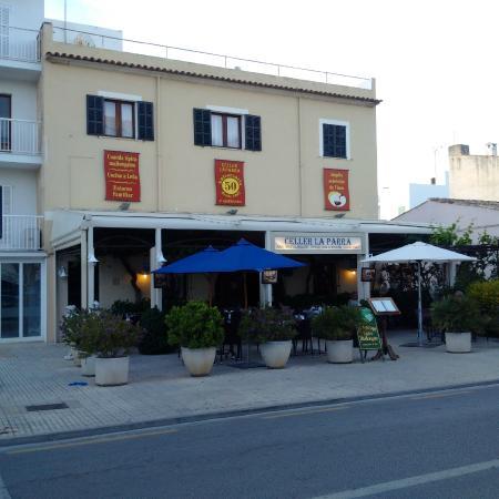 Celler la Parra : The restaurant
