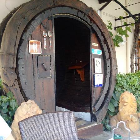 Celler la Parra : The front door